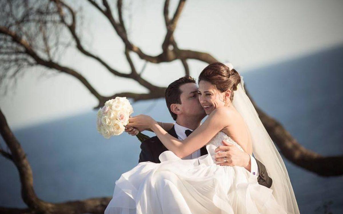 Diseño y creación de ramo de novia elaborado con rosas blancas 02 |La Florería