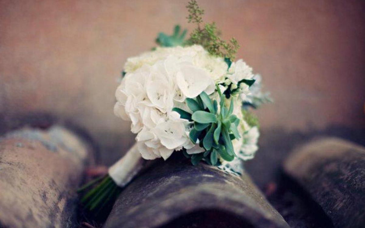 Ramo de novia con crassas para ceremonia en Barcelona 00 | La Florería