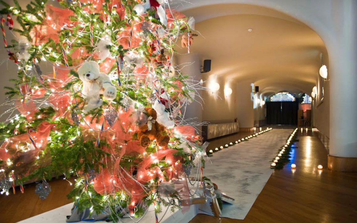 Casa Batlló decorada por la Florería para cena Navidad Coty Prestige 11 | La Florería