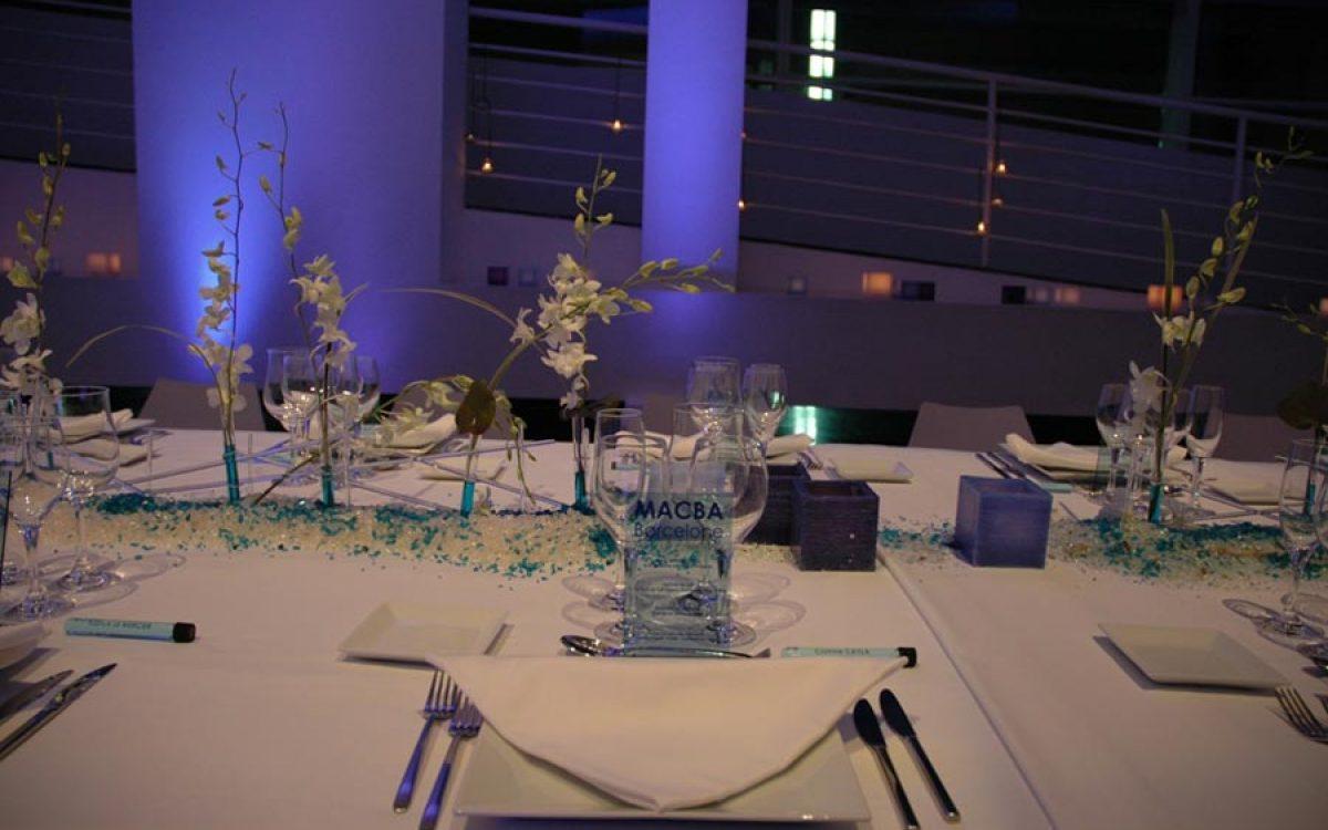 Decoración y puesta de escena de evento Iceberg en Macba 10 |La Florería