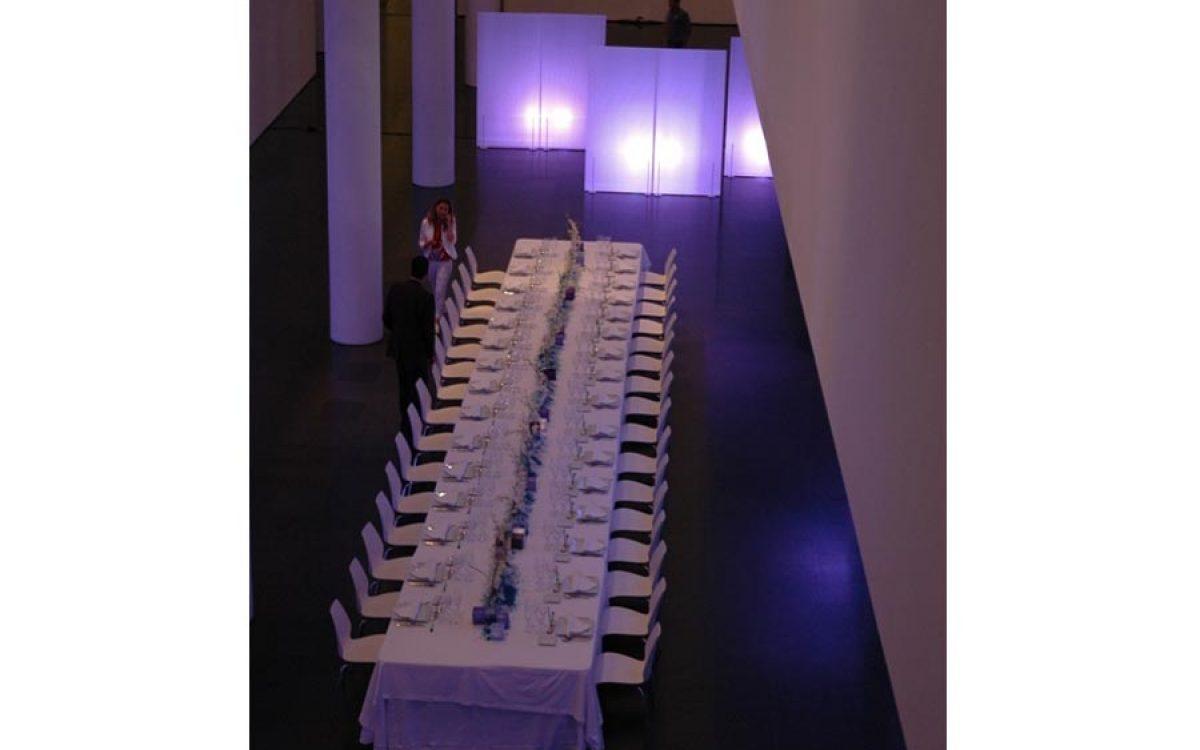 Decoración y puesta de escena de evento Iceberg en Macba 03 |La Florería
