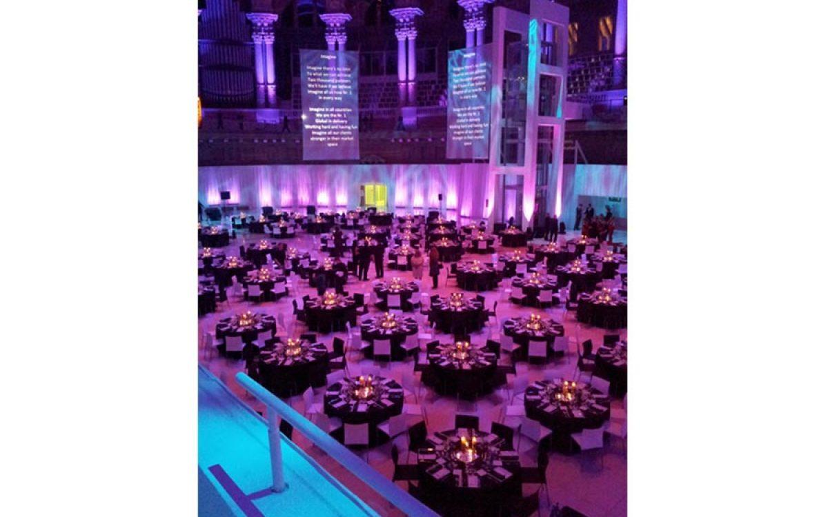 Decoración evento de empresa, cena de Gala en el Mnac Barcelona 15 | La Florería