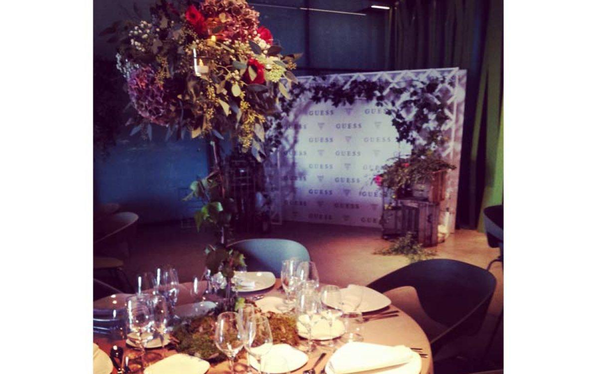Evento Guess para presentación de producto decorado por La Florería 19 | La Florería