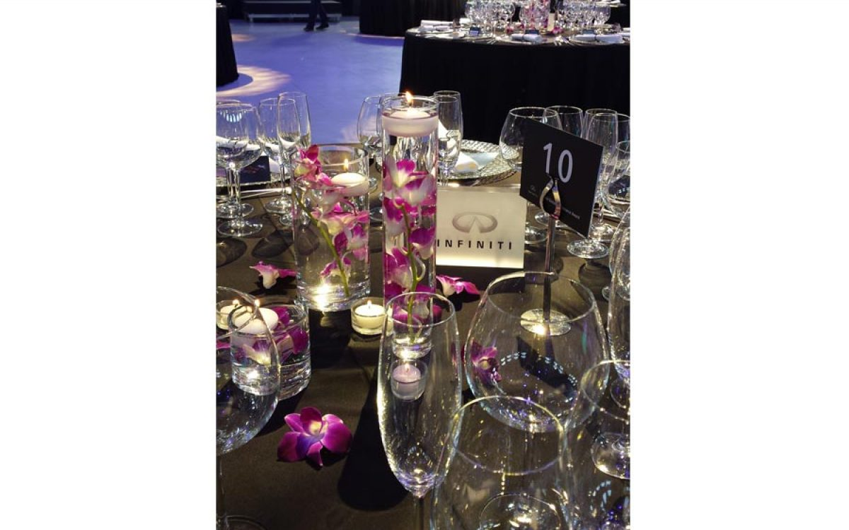 Decoración evento de empresa de la cena de gala Infiniti Fórmula 1 12 | La Florería