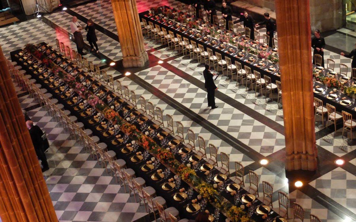 Decoración y puesta en escena de cena de empresa en la Llotja 21 | La Florería