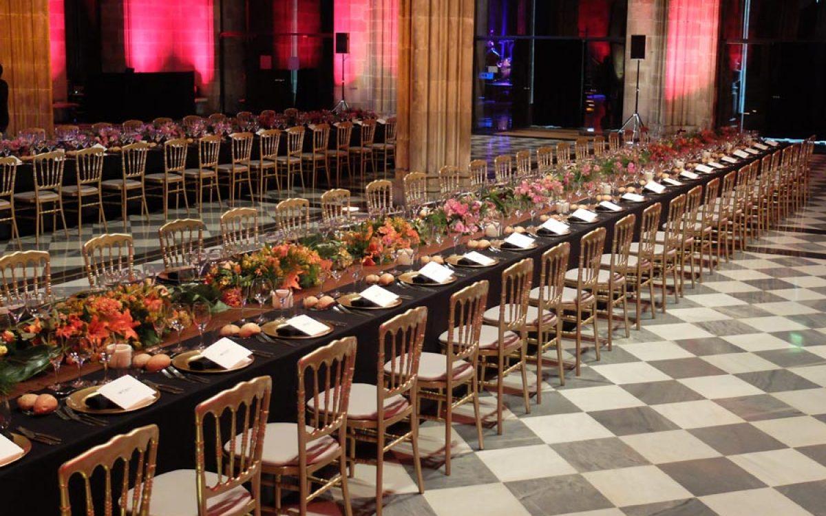 Decoración y puesta en escena de cena de empresa en la Llotja 18 | La Florería
