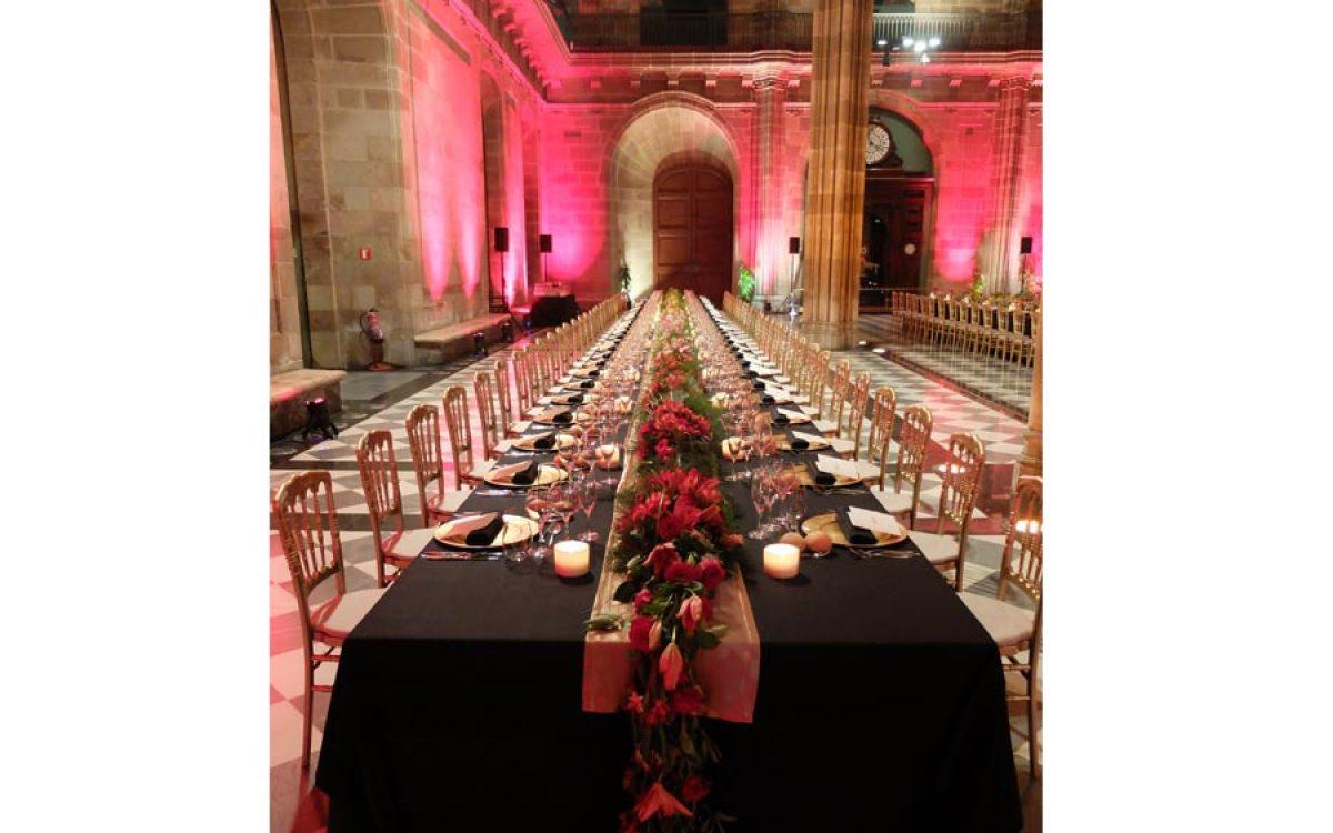 Decoración y puesta en escena de cena de empresa en la Llotja 11 | La Florería
