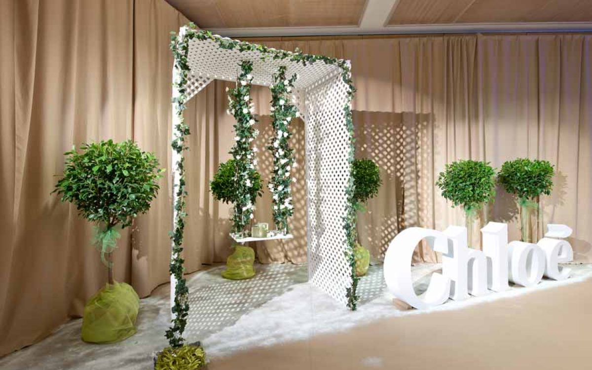 Decoración y puesta en escena corner del perfume Love de Chloé 08 | La Florería