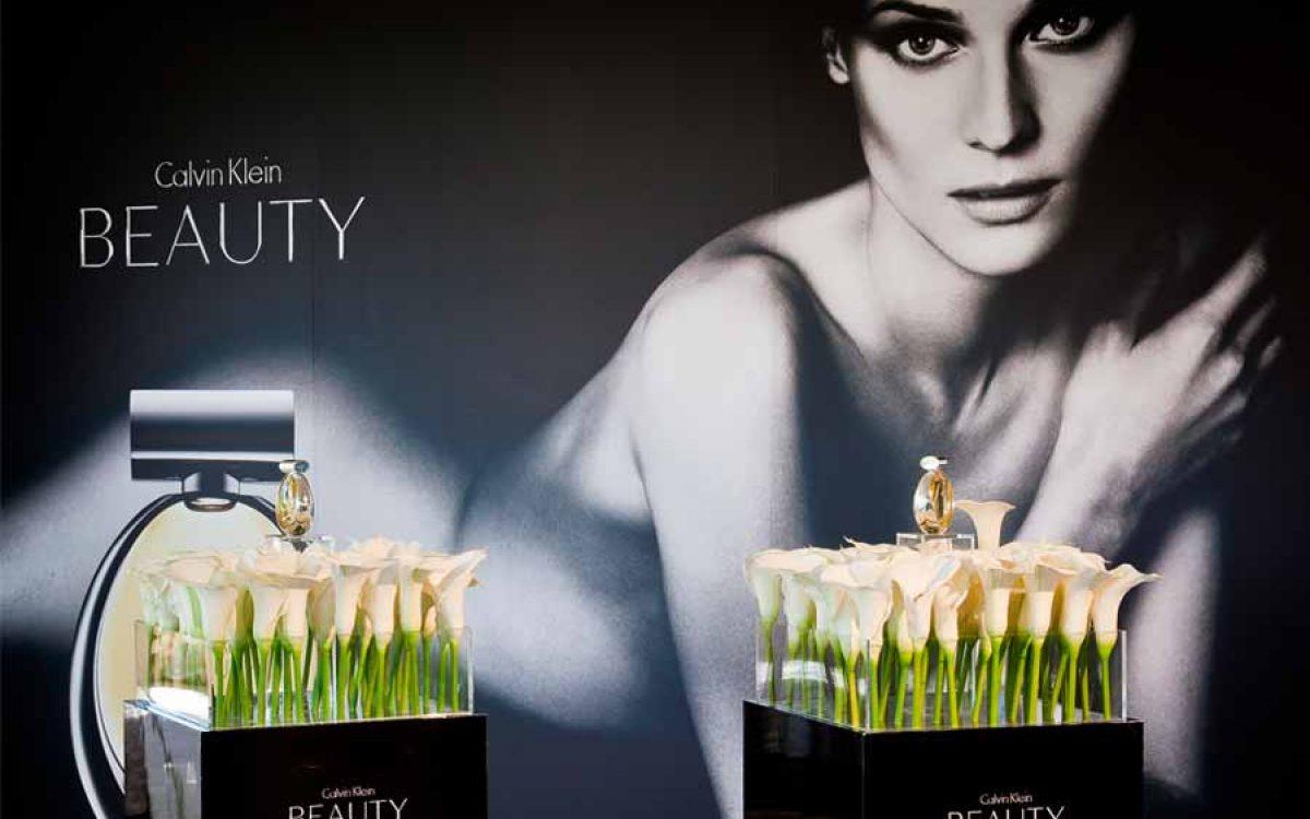 Decoración de evento Calvin Klein para presentación de perfume Euphoria 03 | La Florería