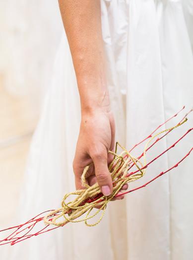 Tocado de novia organico para Raimón Bundó