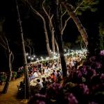 Centro de mesa imperial para boda al aire libre por La Florería | La Florería