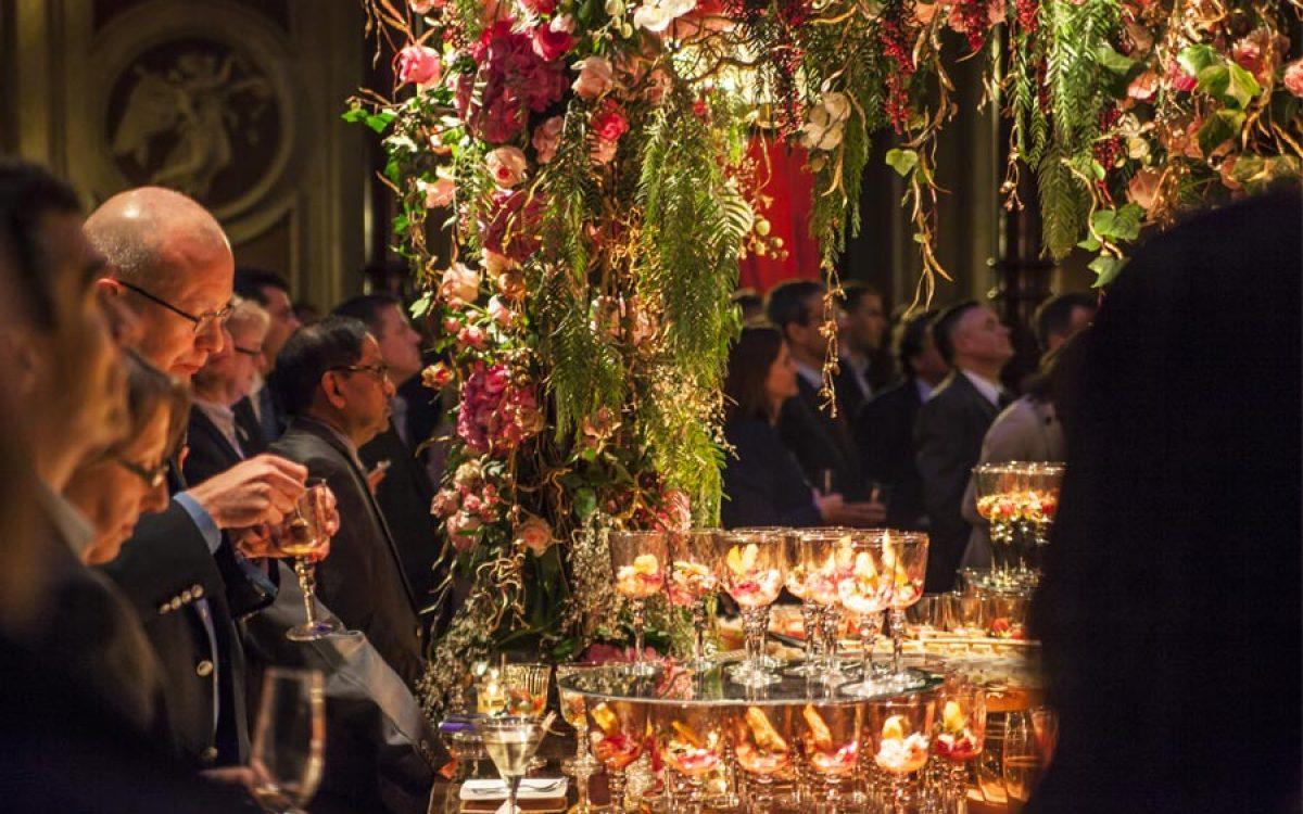 Decoración evento de empresa Vip de Cisco por La Florería 120 | La Florería