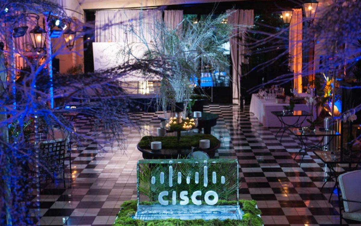Decoración evento de empresa Vip de Cisco por La Florería 27 | La Florería