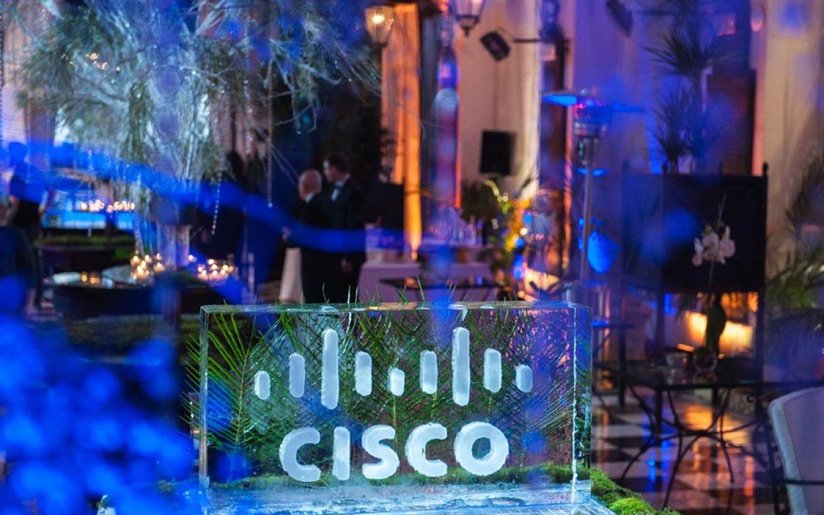 Decoración evento de empresa Vip de Cisco por La Florería 12 | La Florería