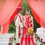 Una boda llena de color, flores y velas realizada por la floreria 00 | La Floreria