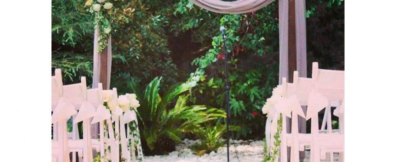Altar de flores en tonos Malva