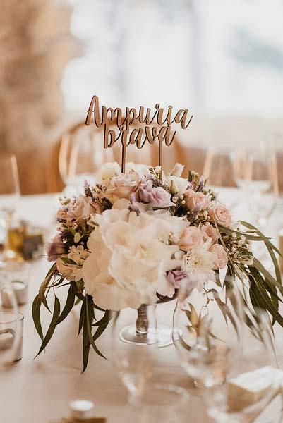 Decoración floral en boda en el Convent de Blanes por La Florería 03 | La Florería