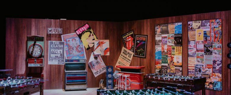 Diseño y creación de photocall para empresa de inspiración Rock and Roll